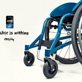 Oracing-XTR_Tagesrollstuhl_blau_impossible-is-nothing_perfekter-Rolli